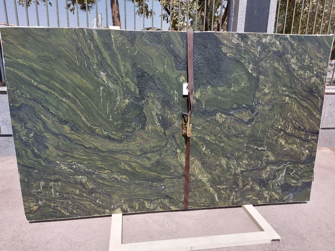 Granite Block tiles isp stone
